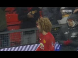 Манчестер Юнайтед - Уиган. Гол Феллайни