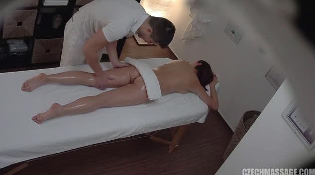 Czech Massage 290