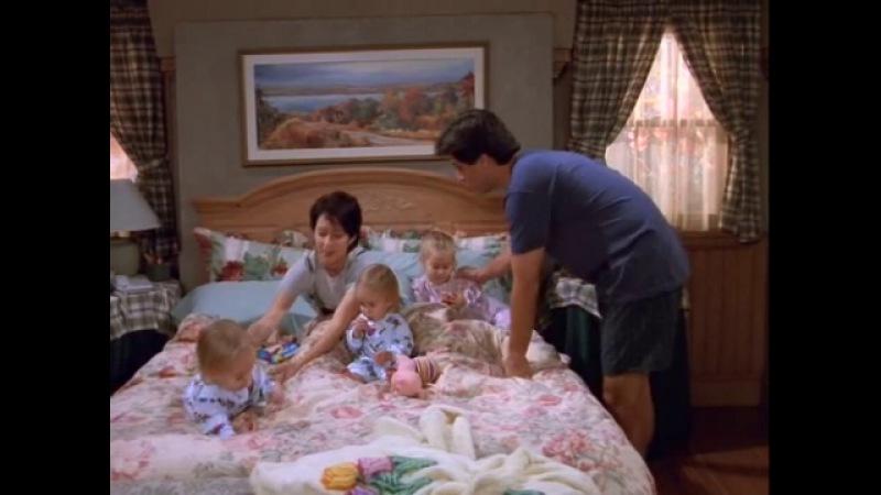 Everybody.Loves.Raymond.S01E13.Debra's.Sick.DVDRip