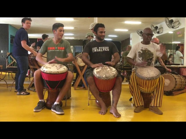 Mamady Keita plays djembe solo for rhythm Kudani with TTMDA team
