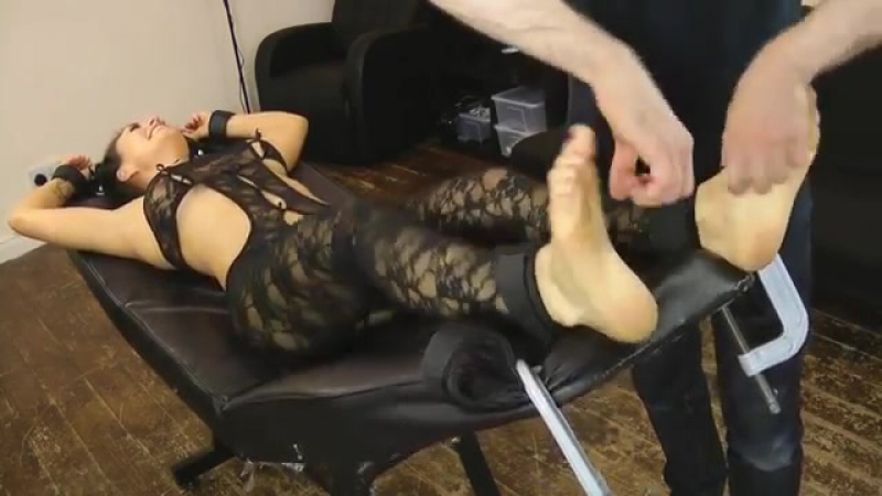 Tickling Feet Hot Girl YouTube-MP4 - 1080p.mp4