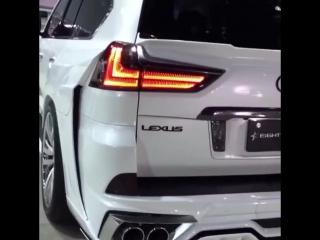 Lexus 570 с бешеным наворотом