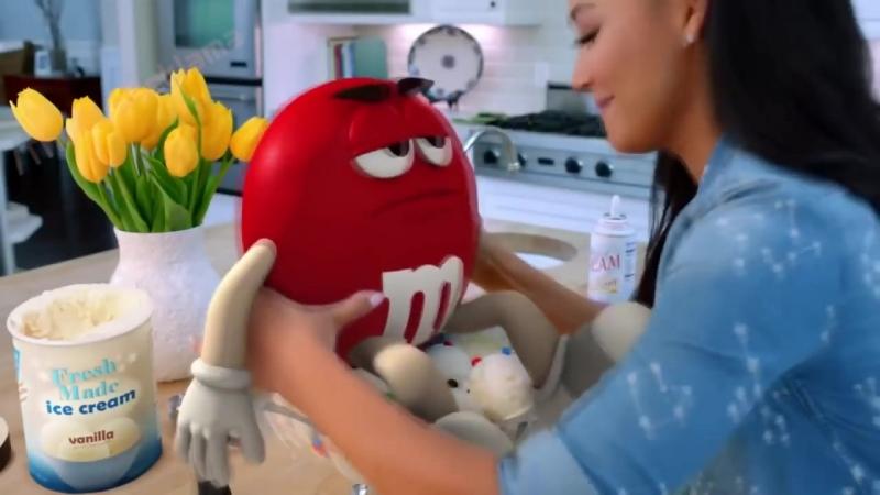 Эмемдемс - Баллада о любви (Реклама MM'S 2015)