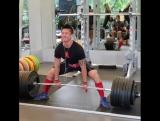 Деррик Ким - тяга 320 кг (75 кг)