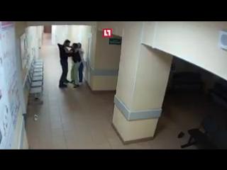 Пьяный пациент избил врача в Великом Новгороде