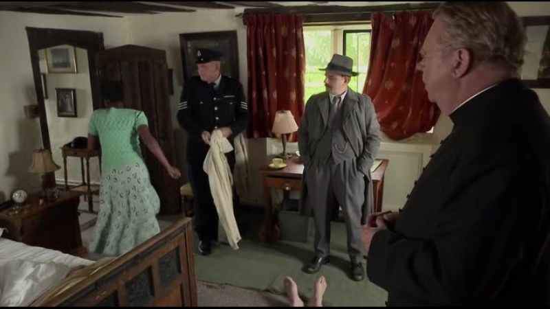 Отец Браун (Father Brown) 5 сезон 13 серия - Зелёная Танганьика