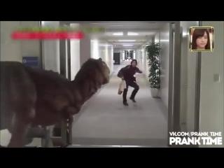 Пранк с динозавром