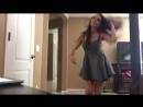 Веселая девчонка танцует без трусиков на вебку, голая писька , киска [ молодая упругая попка жопа юная вебкам модель секс порно]
