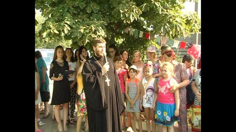 В п. Новый Свет в день празднования явления иконы Казанской Божьей Матери в Свято-Казанском храме прошел праздник для детей