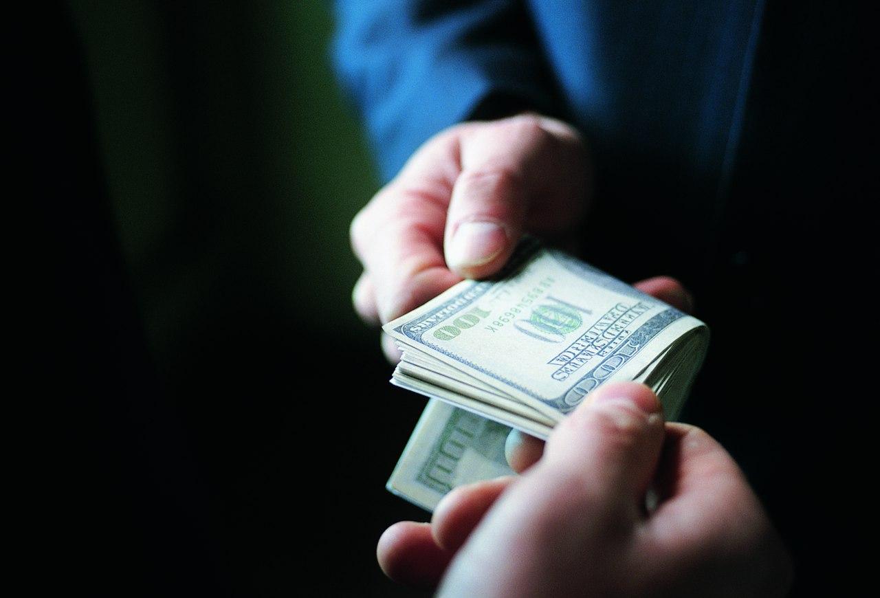 Дело обвиняемого в рекордной для региона взятке томича передано в суд