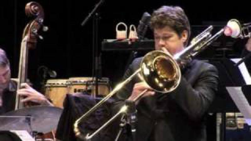Martin van den Berg basstrombone plays Saturdaynight!