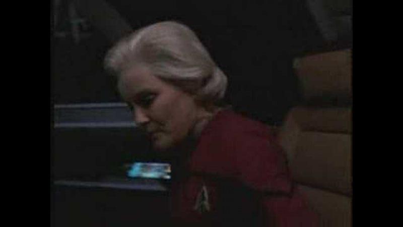 Star Trek Voyager - Last Night On Earth