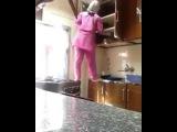 Прикол. Решила помочь свекрови)мега ржачь, женщина на кухне , уборка кухни