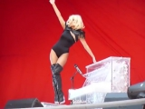 Lady Gaga - Poker Face (Live @ Wembley Stadium Supporting Take That 5.07.2009)