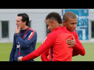 Neymar & Kylian Mbappe's First Training Together | Mbappe's Day in Review