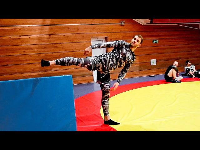 Как научиться делать вертушку Упражнения для удара ногой с разворота