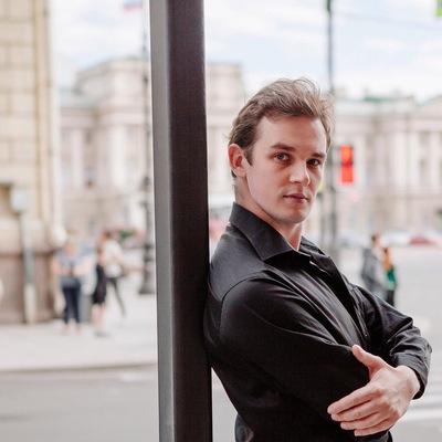Роман Валерьевич