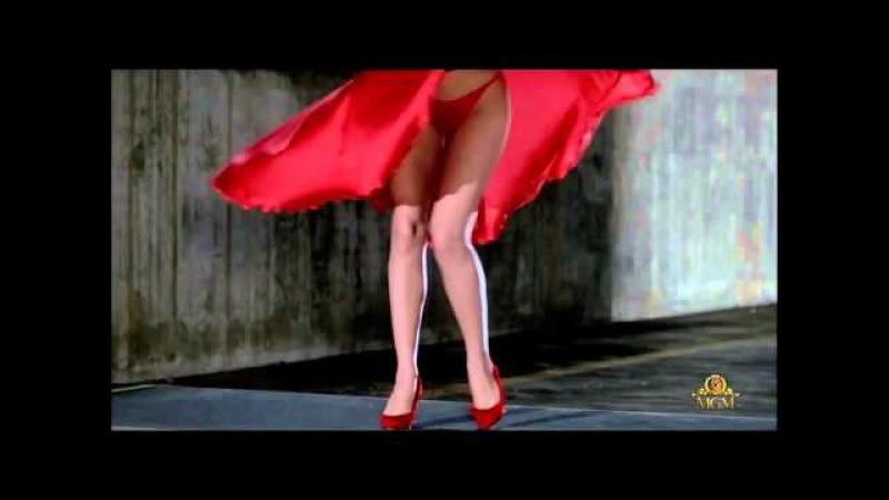 Chris de Burgh ~ Lady in Red (Kelly Lebrock) Marilyn Monroe style. ↓ Lyrics ↓ [HD]