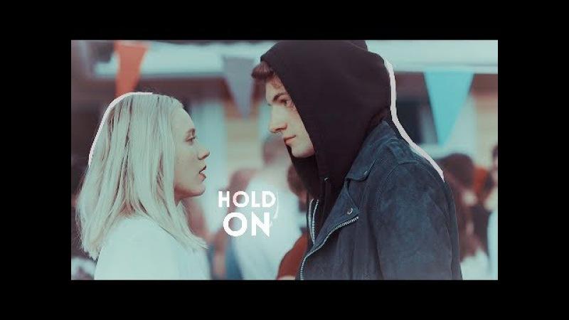 Noora William | Hold On