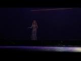 Dalida J'attendrai - hologramme de Dalida sur le spectacle Hit Parade au Palais des Congrès de Pari