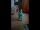 Танцует наша любимая девочка😍😄💞