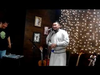 Квартирник Саши Архинчеева и Зорика в Улусе. 26.05.2017. Иркутск