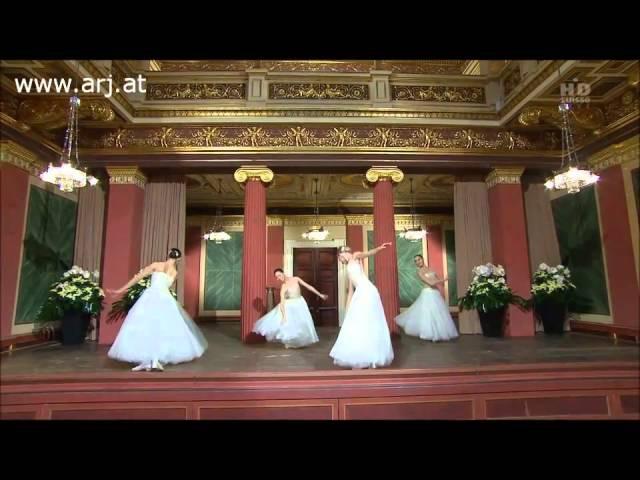 Johann Strauss - On The Beautiful Blue Danube (An der schönen blauen Donau) [Donauwalzer] 2011