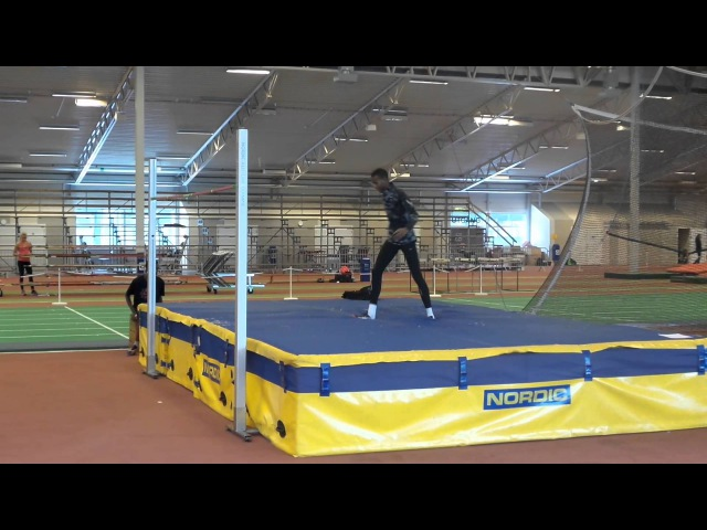 Mutaz Barshim - 2.15m scissors