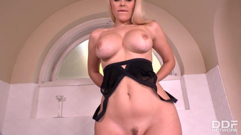 Vittoria Dolce ( Voluptuous Vixen: Milfs Solo Finger Fuck In The Bath) 2017, Big tits, solo, masturbation,