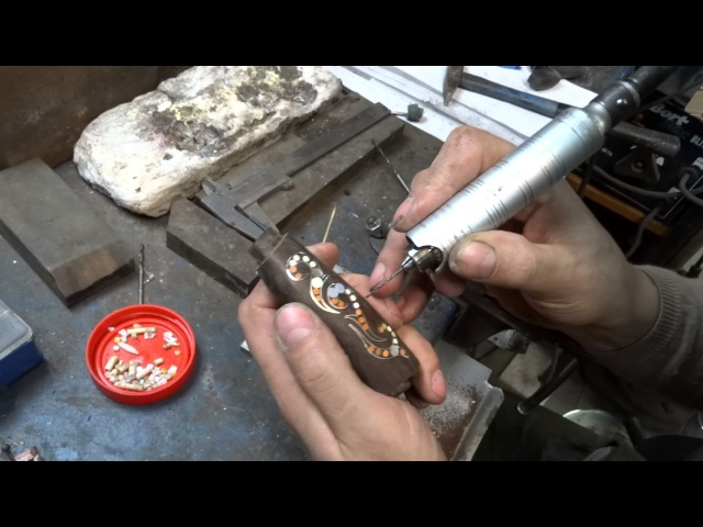 Инкрустация рукояти ножа и её доработка костью рогом перламутром металлом всечка в дерево