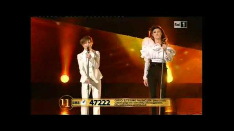 Sanremo 2011 - Anna Tatangelo e Loredana Errore - Bastardo