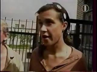 Сюжет о лесбиянстве в женской колонии Ковырялки, 1995 год.