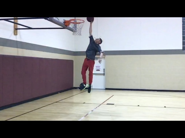 The Professor Dunking at 5'10