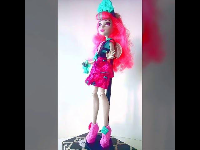 Рошель Гойл 👼Вечеринка монстров - Monster High Party Ghouls Rochelle Goyle