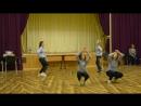 Танец от девочек 7Б на новогоднем вечере