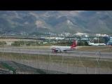 Посадка Boeing  757 Вим-авия в Геленджике