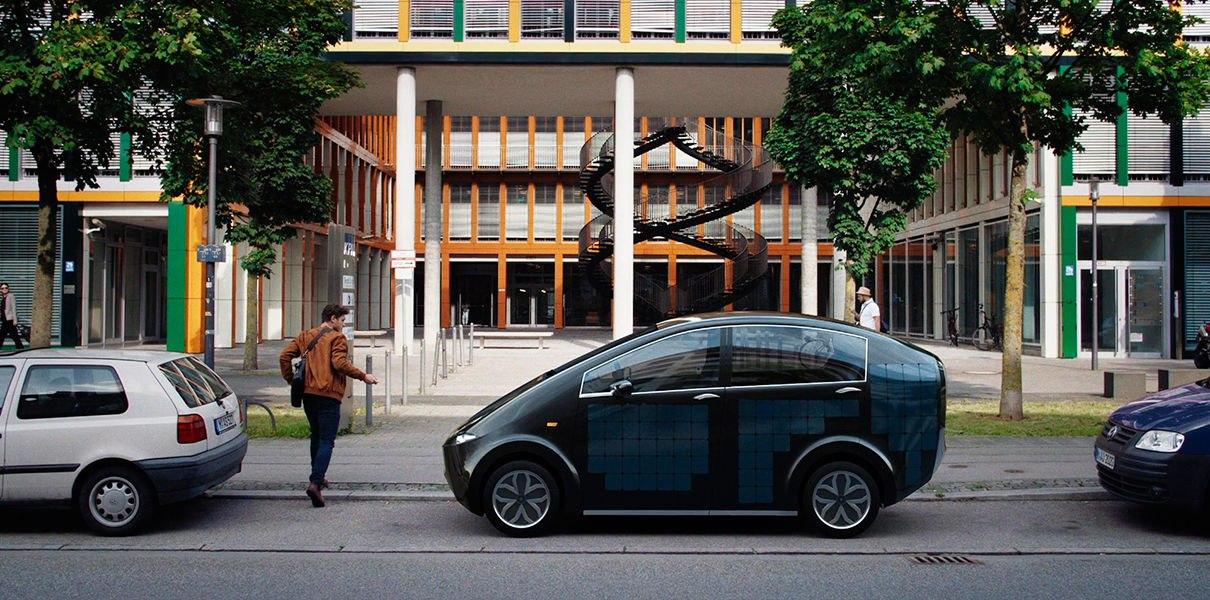 aykiDZII_6o Немецкий электромобиль с солнечными панелями представят 27 июля