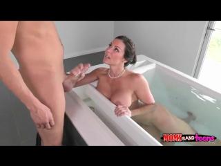 Сосёт сыну домашнее порно фото 215-186
