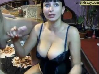 Домашнее порно видео реал сестра разрешает брату кончать ей в рот