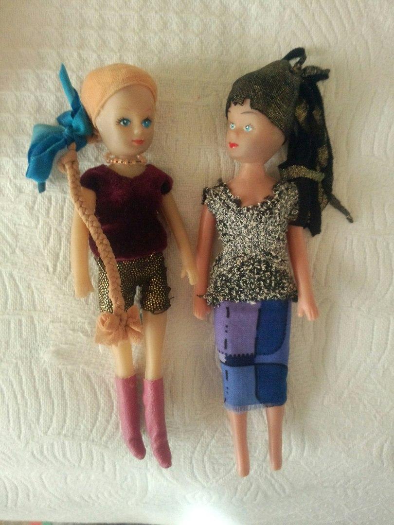 Куколки раздвигают ноги фото 85-268