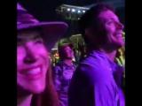 Дженсен и Дэннил с семьей и друзьями на концерте Стиви Уандера на Формуле 1 в Остине