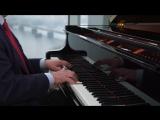 Раймонд Паулс при помощи рояля записал приглашение на EXPO-2017.