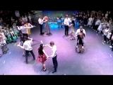 Шикарный танец на открытии новогоднего огонька в #adept_ds