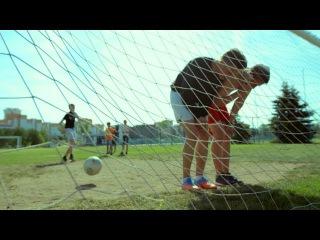 Как в старые добрые времена. Уличный футбол!