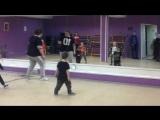 Первые танцевальные навыки Тёмки