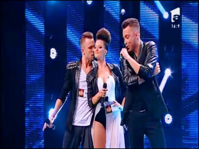 Mark Ronson ft. Bruno Mars - Uptown Funk . Vezi interpretarea trupei B52, la X Factor!
