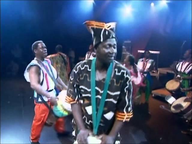 Mamady avec les maitre percussion