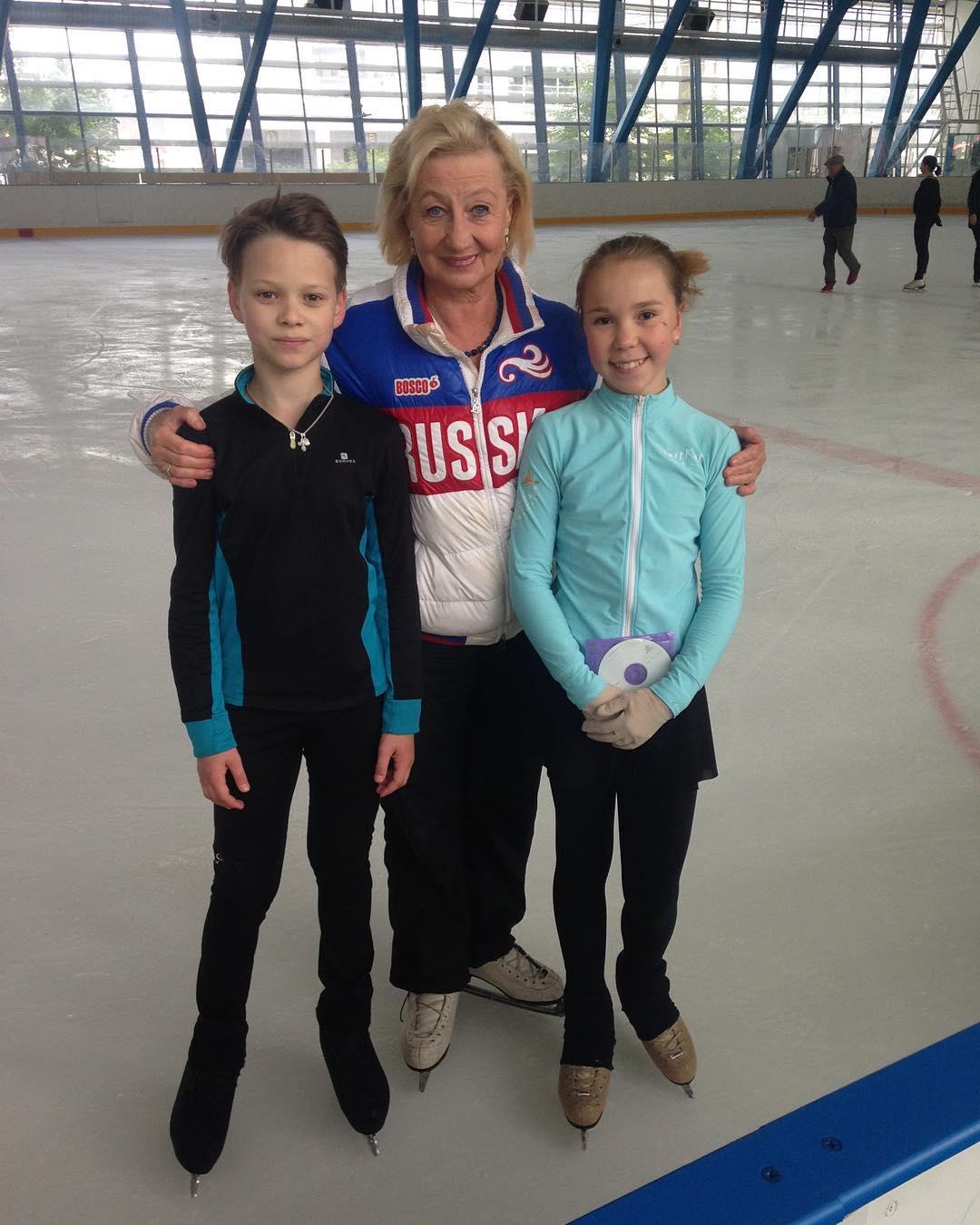 Группа Мишина - СДЮСШОР «Звёздный лёд» (Санкт-Петербург) - Страница 28 88SUVWhUUVc