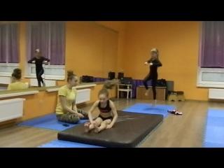 Недільна індивідуальна акробатика з Катериною Ремньовою!