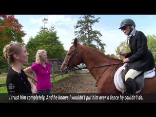 96-летняя женщина, которая занималась конным спортом всю жизнь, продолжает ездить в седле